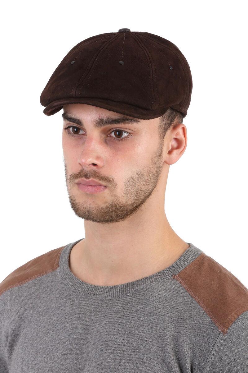 Кепка-восьмиклинка мужская из замши коричневая