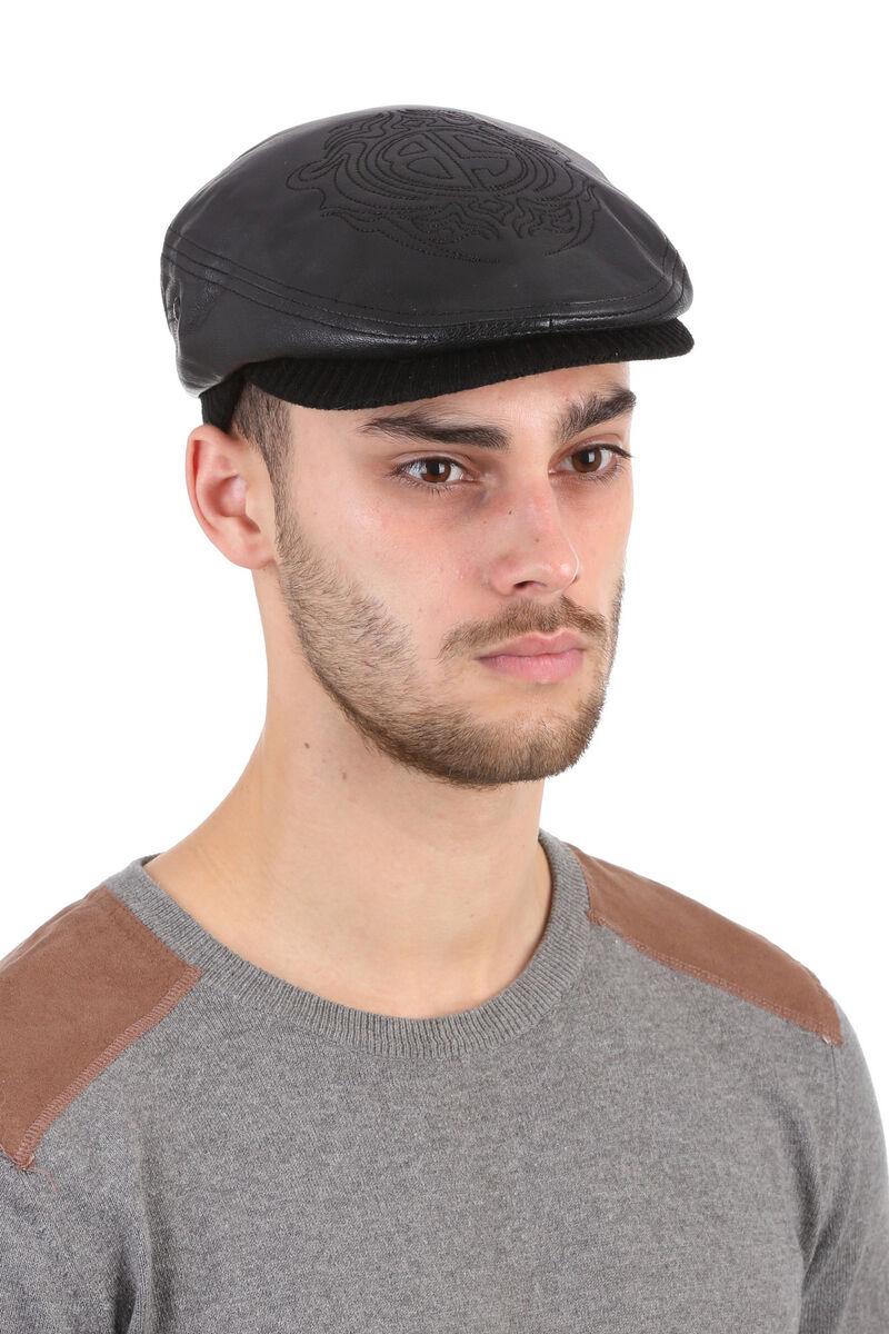 Кепка из кожи с трикотажным козырьком черная