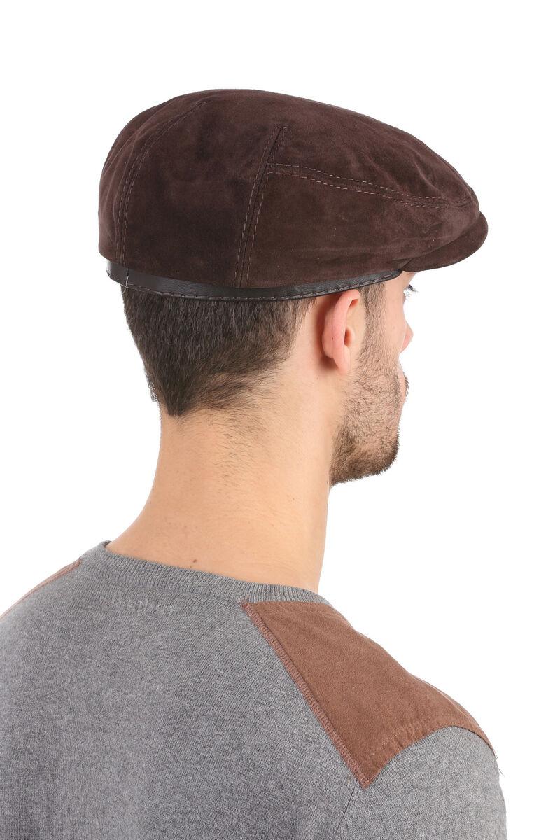 Кепка-реглан из замши коричневая