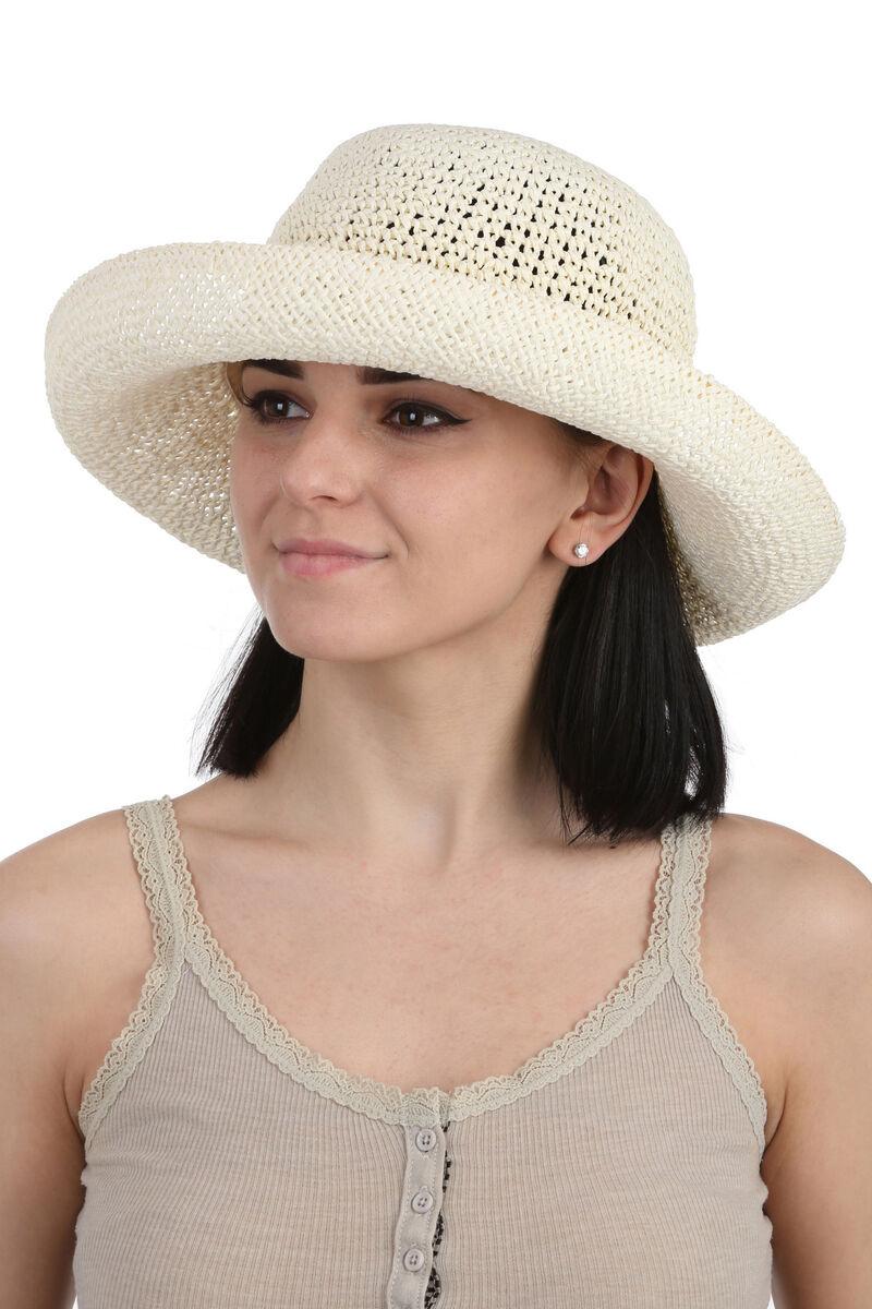 Шляпа плетеная молочная