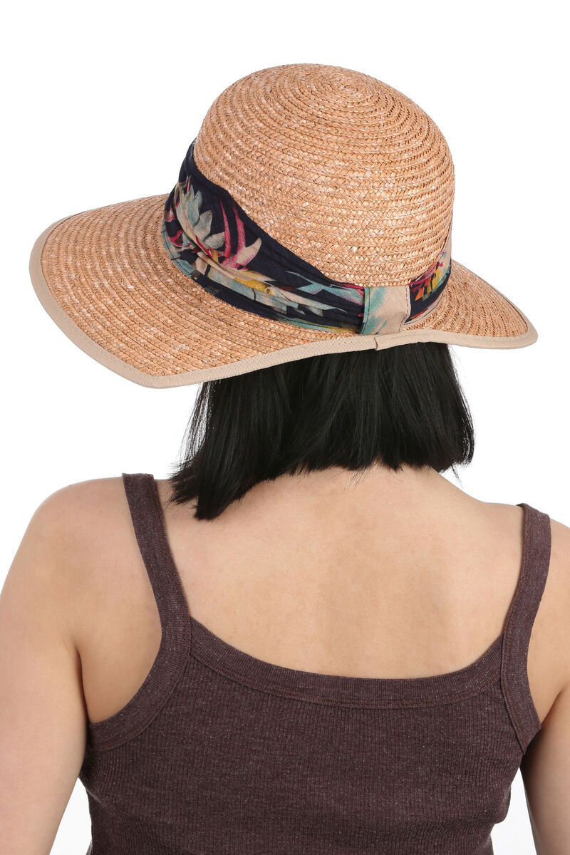 Шляпа соломенная ретро