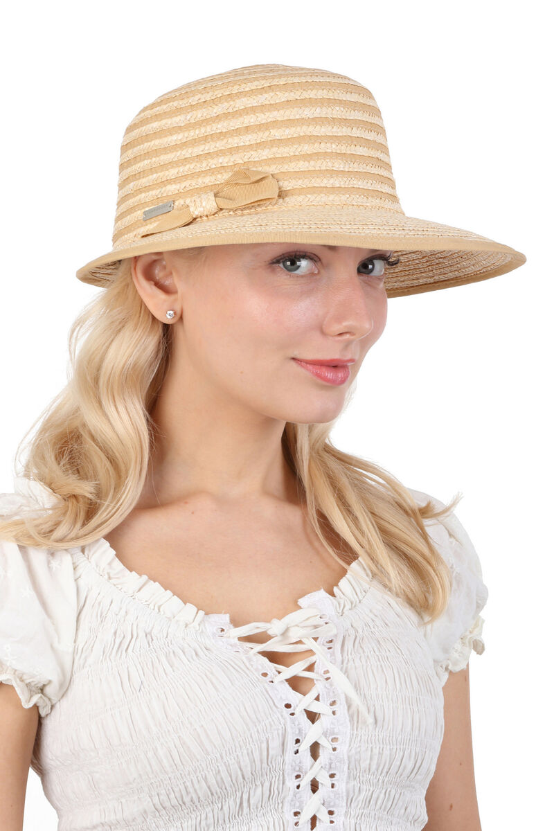 Шляпка из соломы с бантиком