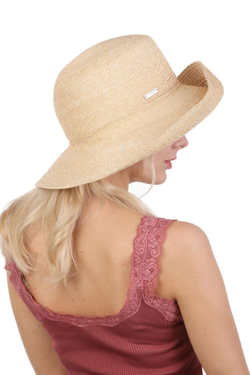 Шляпа соломенная с загнутыми полями