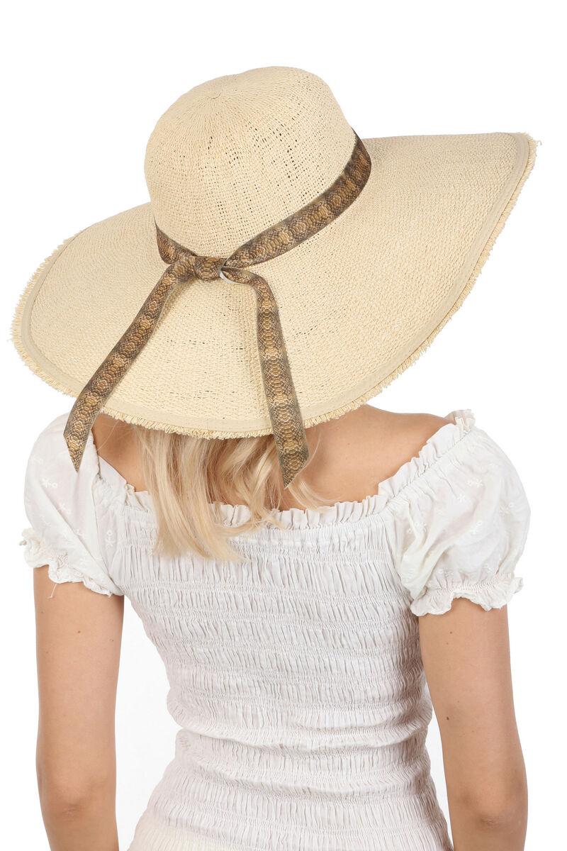 Шляпа с большими мягкими полями