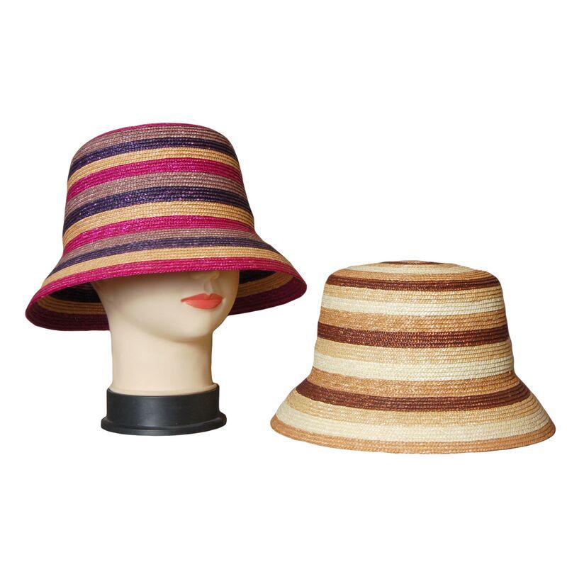 Шляпа-панама из соломыизображение