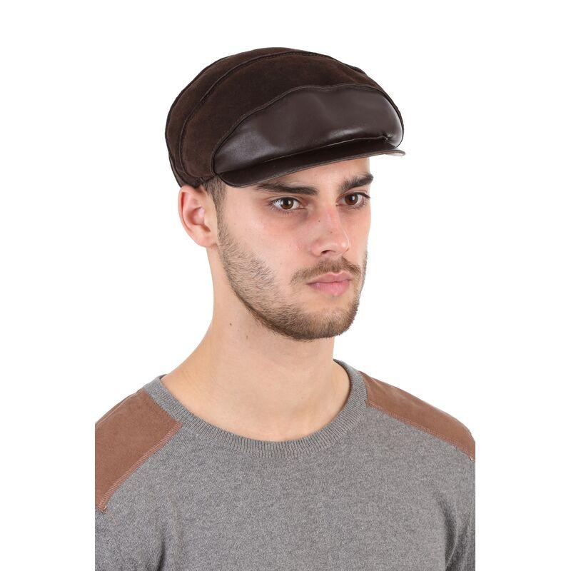 Кепка мужская из замши коричневаяфото