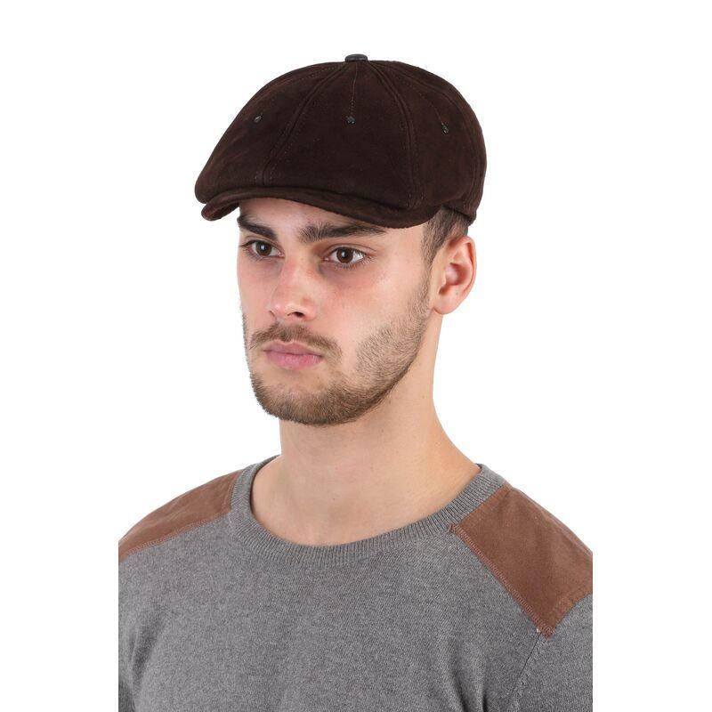 Кепка-восьмиклинка мужская из замши коричневаяизображение