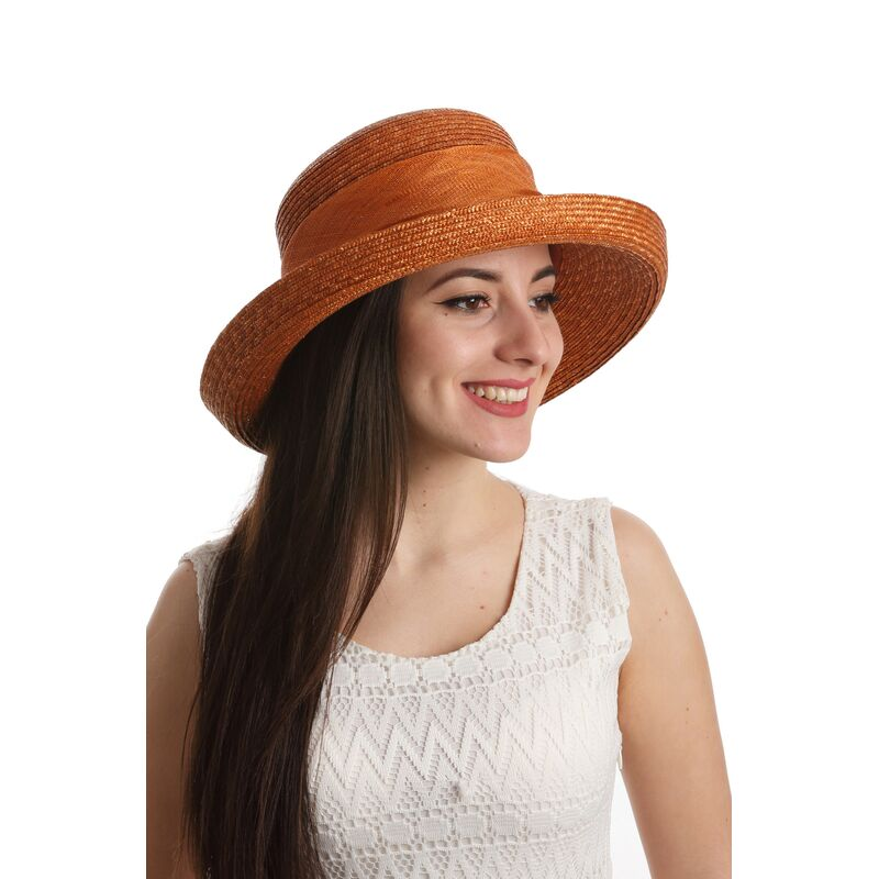 Шляпа из натуральной соломы цвета терракотфото