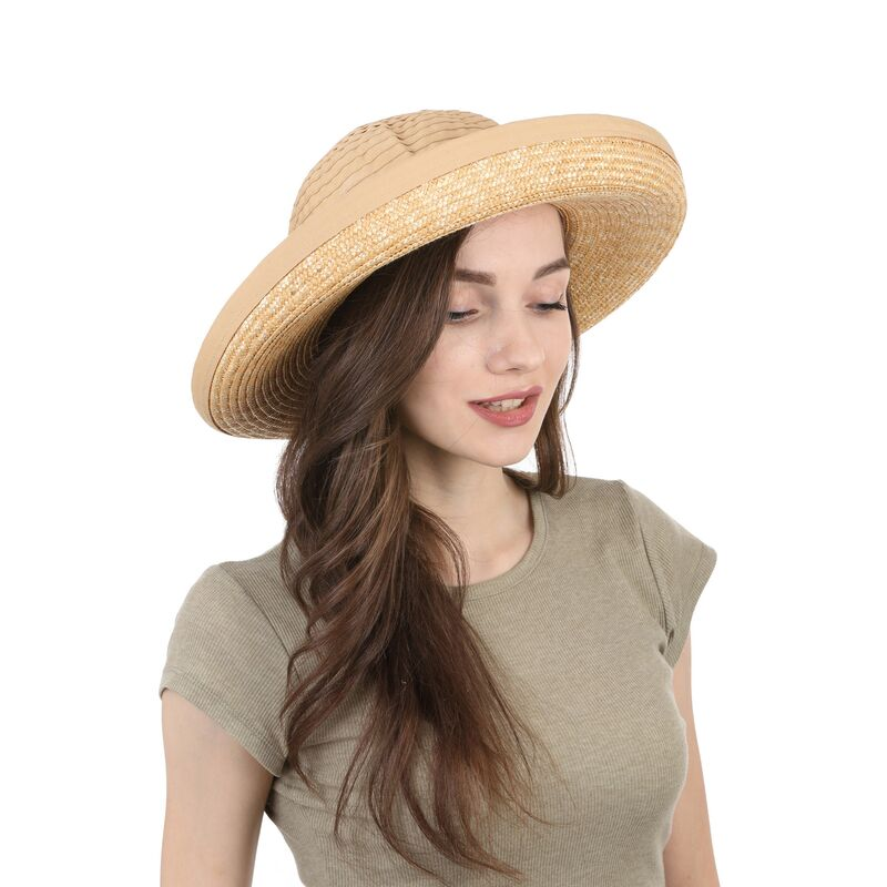 Шляпа соломенная с тканевой тульейфото