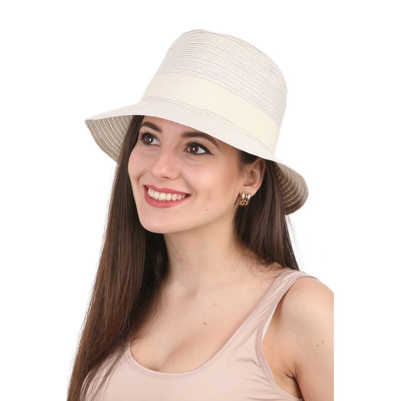 Шляпа федора молочнаяфото