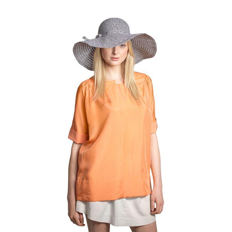 Легкая шляпа с большими полями черно-белаяфото