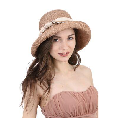 Соломенная шляпа с оригинальным украшением коричневая
