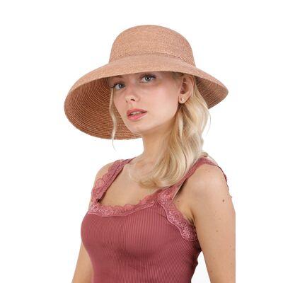 Шляпа соломенная с опущенными полями