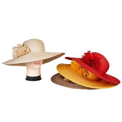 Шляпа из натуральной соломы с широкими полями